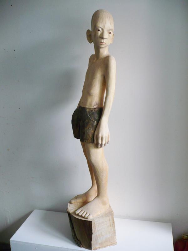 Rautenstrauch: Figur mit grauer Hose 2009